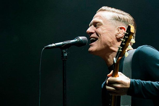 Bryan Adams confirma shows no Brasil Background