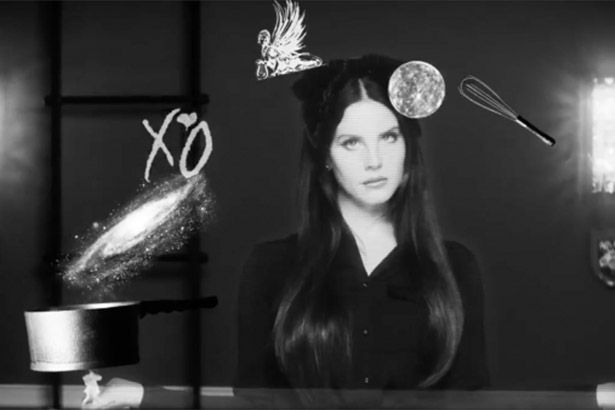 Lana Del Rey anuncia novo álbum em trailer Background
