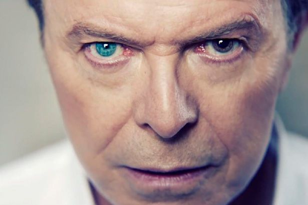 Banda que acompanhou David Bowie em Blackstar anuncia disco inspirado no cantor Background