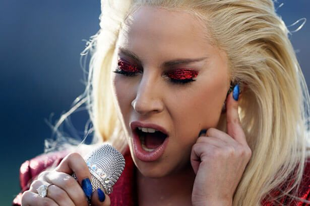 Lady Gaga está confirmada no Super Bowl 2017 Background