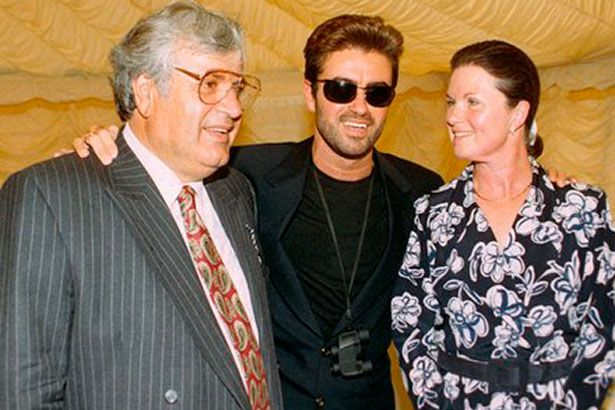Corpo de George Michael será enterrado ao lado da mãe Background