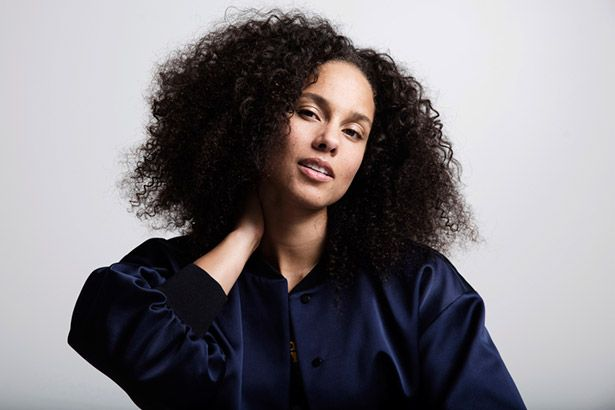 Alicia Keys anuncia saída de reality musical Background