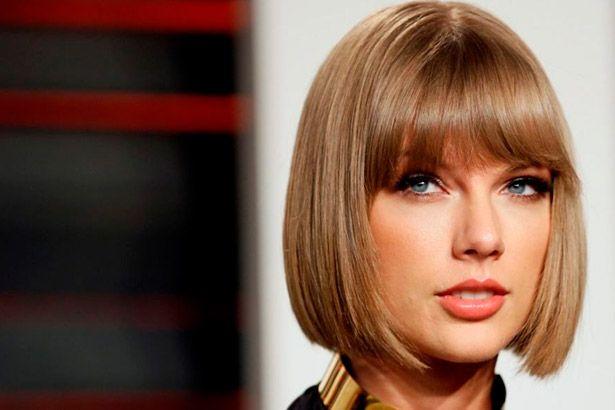 Taylor Swift deve anunciar novas canções em breve Background