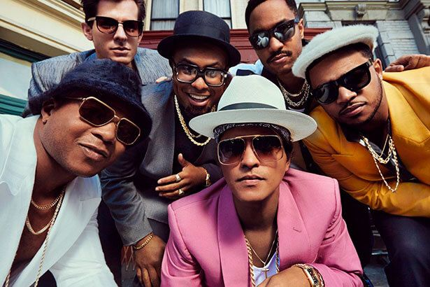 Placeholder - loading - Bruno Mars é acusado de plágio por Uptown Funk Background