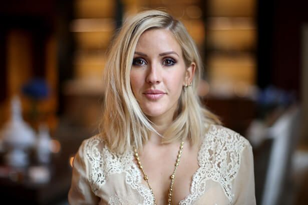 Ellie Goulding libera prévia de Still Falling For You Background