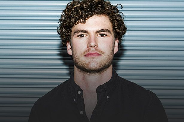 "Vance Joy lança clipe de ""Lay It On Me"" Background"