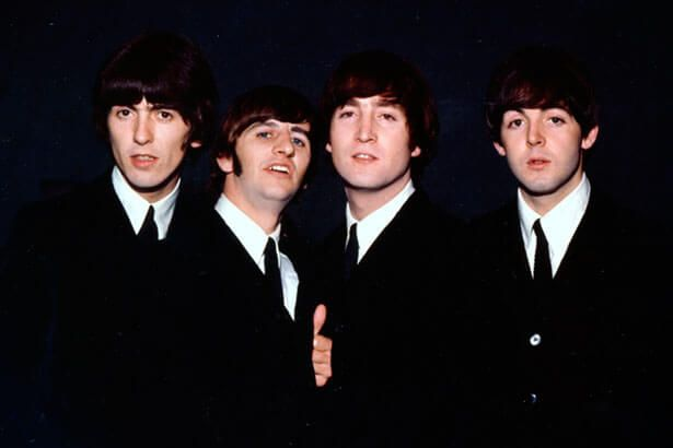 Pela 32ª vez, álbum dos Beatles atinge Top 10 da Billboard 200 Background