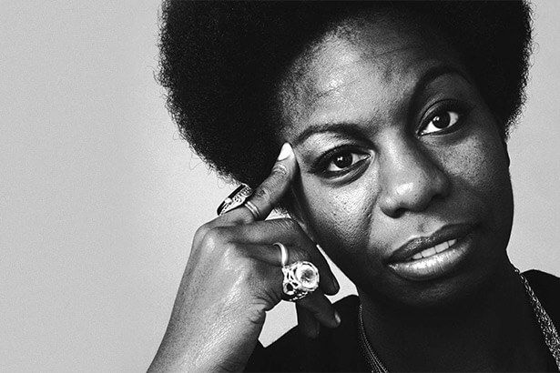 Nina Simone receberá Grammy honorário Background