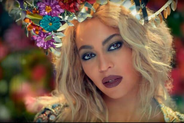 Beyoncé perde em categorias do EMA 2016 Background