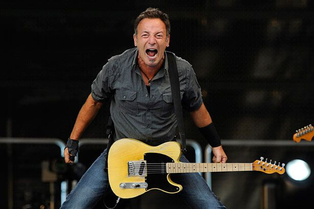 Bruce Springsteen faz seu maior show nos Estados Unidos Background