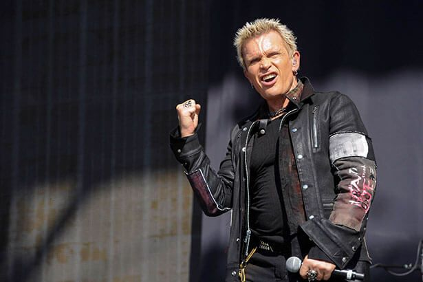 Billy Idol pode ser atração do Rock in Rio 2017 Background