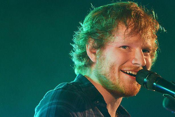 Ed Sheeran atualiza redes sociais e indica novo lançamento Background