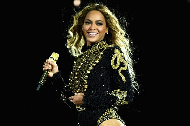 Placeholder - loading - Após ordens médicas, Beyoncé adia show Background