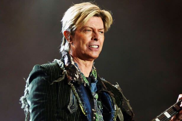 Biógrafa de David Bowie diz que cantor optou por suicídio assistido Background