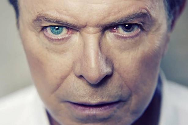"Confira o clipe da faixa ""I Can't Give Everything Away"", de David Bowie Background"