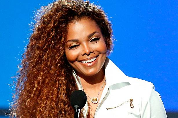 Álbum de Janet Jackson alcança o topo da Billboard 200 Background