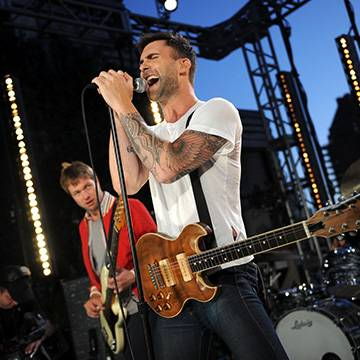 Confira! Maroon 5 anuncia novo single Background