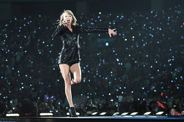 "Show da ""1989 World Tour"", de Taylor Swift, bate recorde de público na Austrália Background"