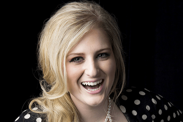 Confira novo clipe de Meghan Trainor Background