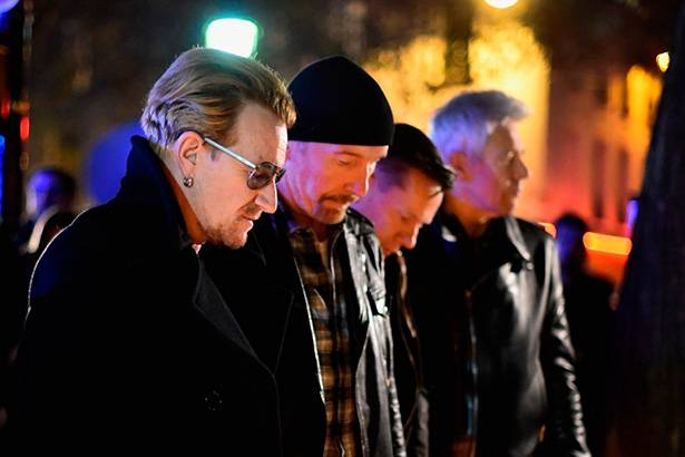 U2 remarca shows em Paris após atentado terrorista Background