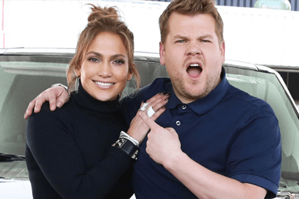 Jennifer Lopez participa de quadro do programa de James Corden