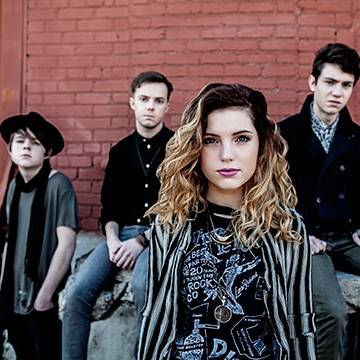 "Placeholder - loading - Echosmith libera o clipe da faixa ""Let's Love"" Background"