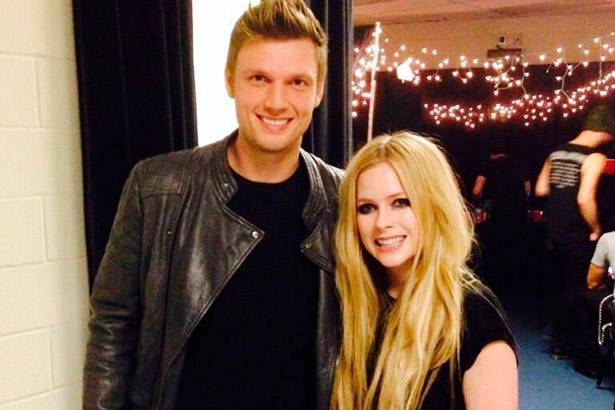 Nick Carter revela dueto com Avril Lavigne para novo disco Background