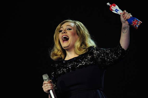 Adele fará apresentação no BRIT Awards 2016 Background