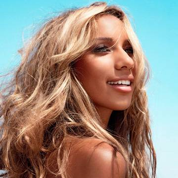 "Leona Lewis libera versão oficial do single ""Thunder"" Background"