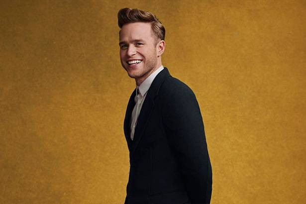 "Olly Murs lança clipe de ""Stevie Knows"" e lyric-video de ""Last Christmas"" Background"