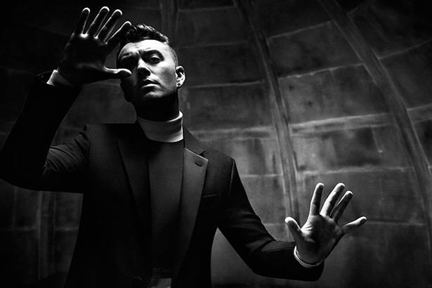 "Sam Smith anuncia férias após fim da divulgação de ""Writing's On the Wall"" Background"