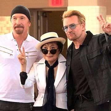 Painel em homenagem a John Lennon é inaugurado por Yoko Ono e U2 Background
