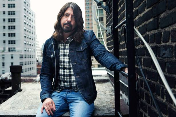 "Dave Grohl fará participação em episódio do ""The Muppets"" Background"