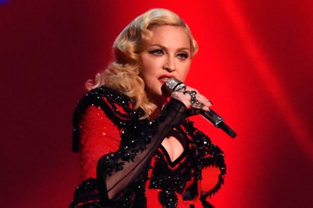 """Madonna já faturou mais de 20 milhões de dólares com a """"Rebel Heart Tour"""" Background"""