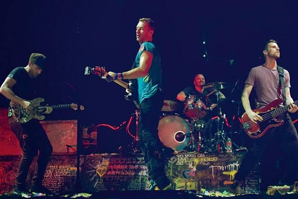 Placeholder - loading - Pré-venda para shows do Coldplay no Brasil começa nesta quarta-feira Background