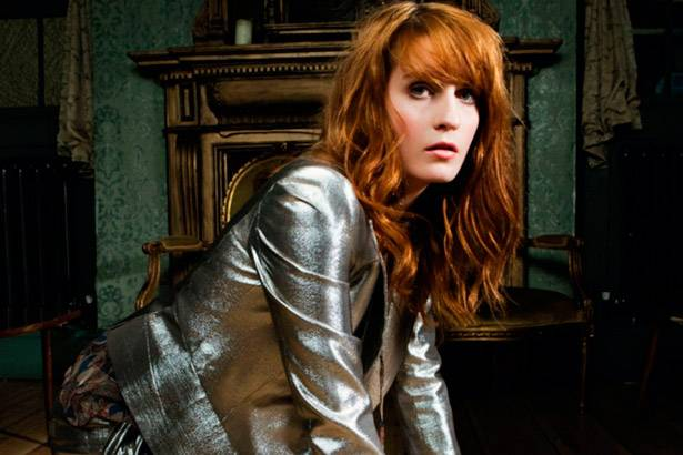 "Confira remix de ""Delilah"", faixa de Florence and The Machine Background"