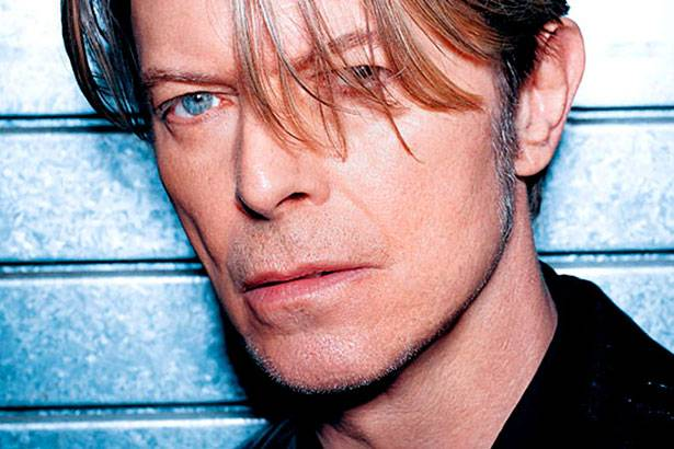 David Bowie anuncia novo álbum para 2016 Background