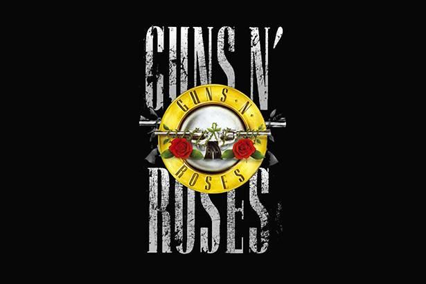Com sua formação original, Guns N'Roses faz show surpresa em Los Angeles Background