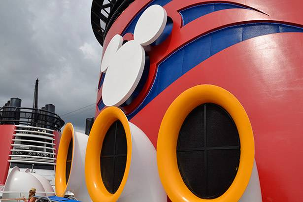 Dia 1 – Disney Cruise Line Background