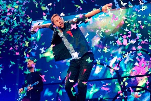 Confira o novo clipe do Coldplay! Background