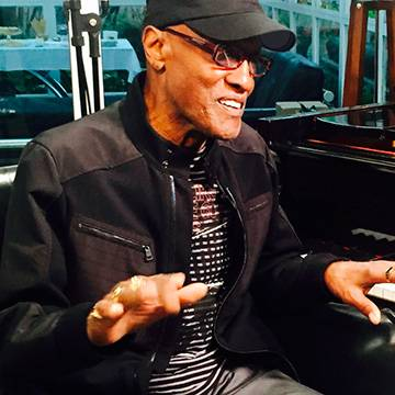 Confira! Billy Paul na Antena 1 Background