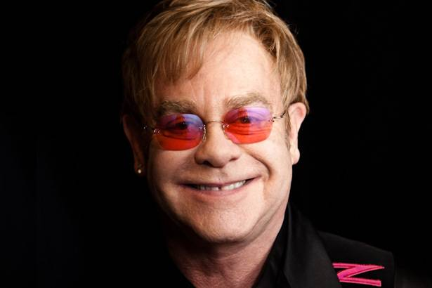 Elton John lança single inédito e anuncia novo álbum para 2016 Background
