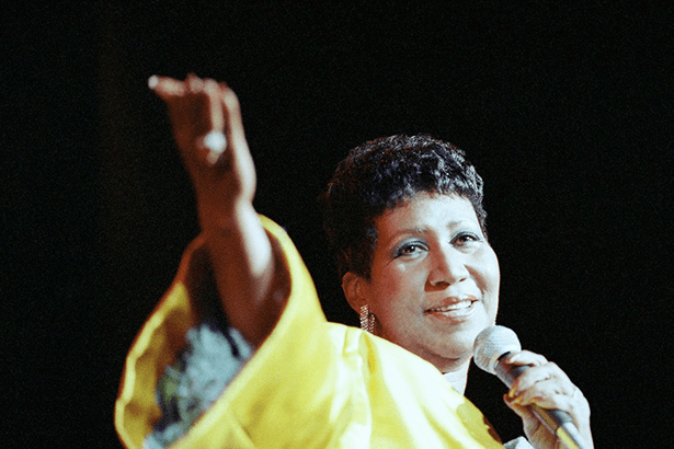 Aretha Franklin comemora mais um ano de vida! Background