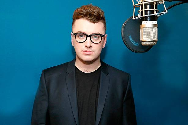 "Sam Smith grava ""Writing's On The Wall"", tema do novo filme de James Bond Background"