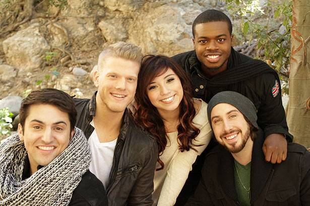 "Placeholder - loading - Pentatonix lança clipe da faixa ""The First Noel"" Background"