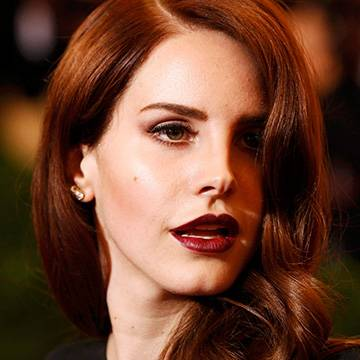 Lana Del Rey fala sobre feminismo Background