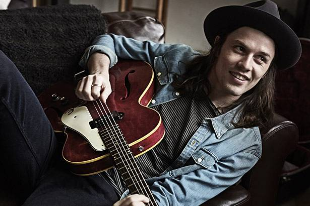 Confira novo clipe de James Bay Background