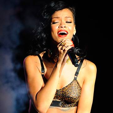 Placeholder - loading - Rihanna fará mais um Diamond Ball para arrecadar fundos em Barbados Background
