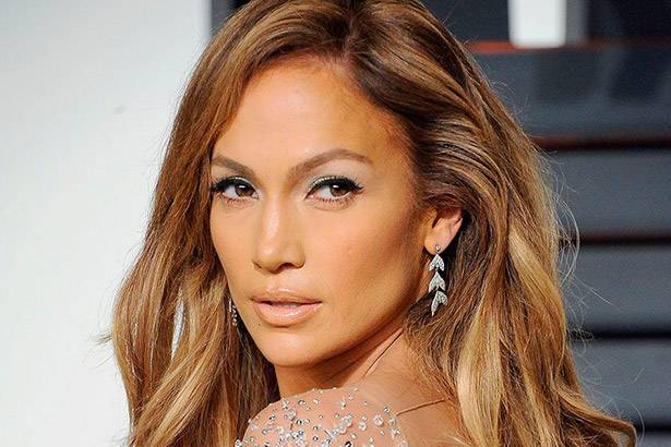 "Jennifer Lopez participa da nova versão de ""El Mismo Sol"" Background"