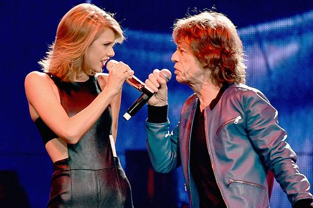 "Taylor Swift canta ao lado de Mick Jagger na ""1989 World Tour"" Background"